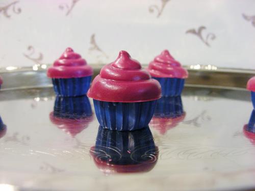 Up-cycled Crayon Cupcakes – Too Cute!