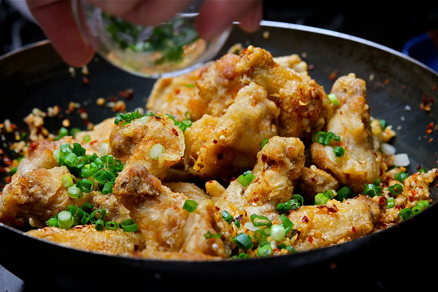 Culinaire Lifestyle: Salt and Pepper Chicken Wings - Making it Sweet