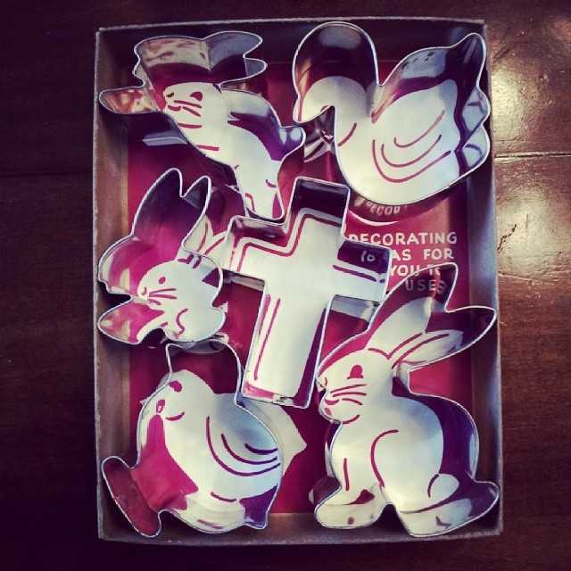 easter-cooky-cutters